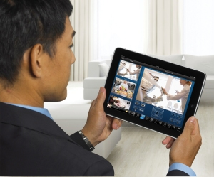 iPad_Handheld_Video_Commercial_hi[1]
